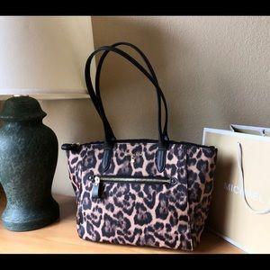 $258 Michael Kors Kelsey MD Handbag MK Purse Bag